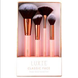 NIB LUXIE Classic Rose Gold Face Brush Set
